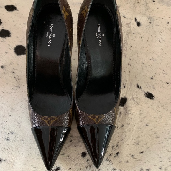 7ab1f08ccbe67 Louis Vuitton Shoes | Cherie Pumps Size 365 | Poshmark